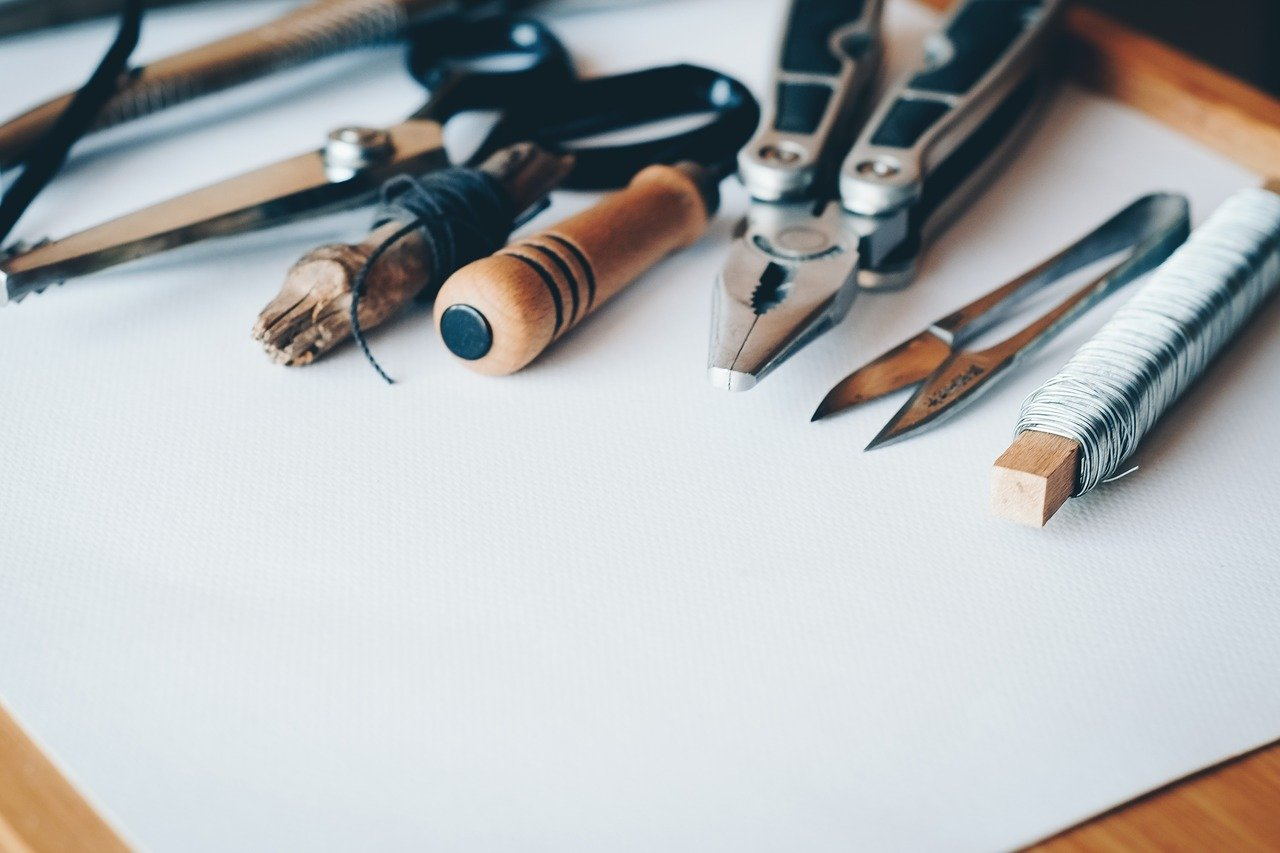 עבודת יד: הכנת שבלונות -חומרים וטכנולוגיות